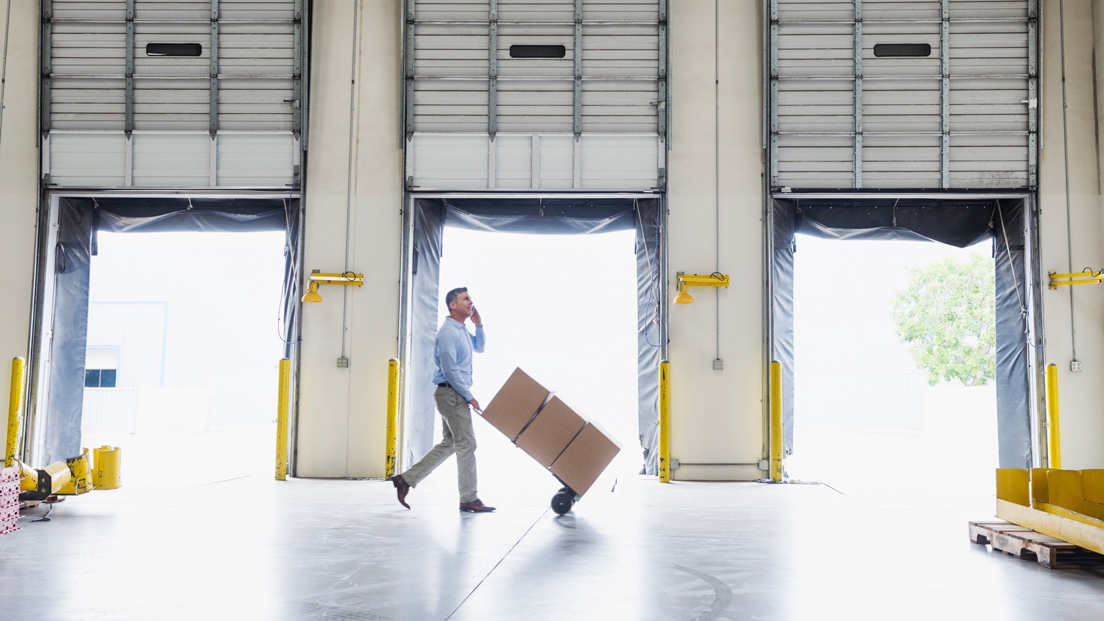 Pros and Cons of a Self Storage Business